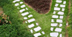 V di vialetti da giardino: idee per sentieri camminamenti e