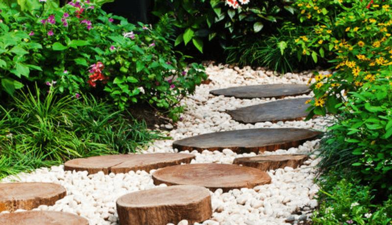 V di vialetti da giardino idee per sentieri for Idee x realizzare un giardino
