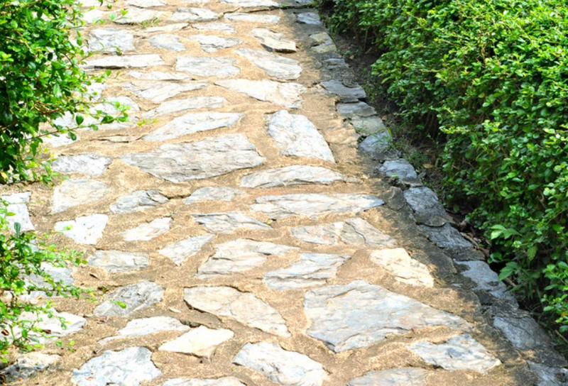 vialetti-camminamenti-sentieri-giardino-idee_00046