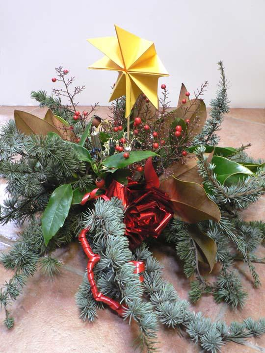 Decorazioni Natalizie Con Foglie Di Magnolia.Centrotavola E Addobbi Di Natale Fai Da Te Con Cio Che