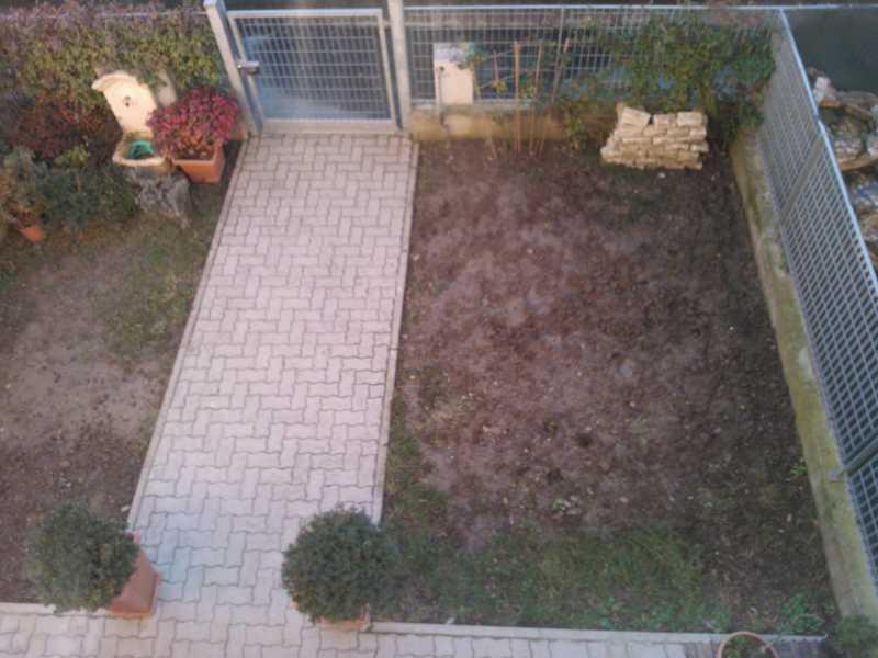 Progetto nuovo giardinetto con foto idee giardino for Idee giardino moderno